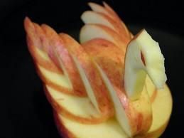 cygne en pomme dans décore a l'assiette telechargement1